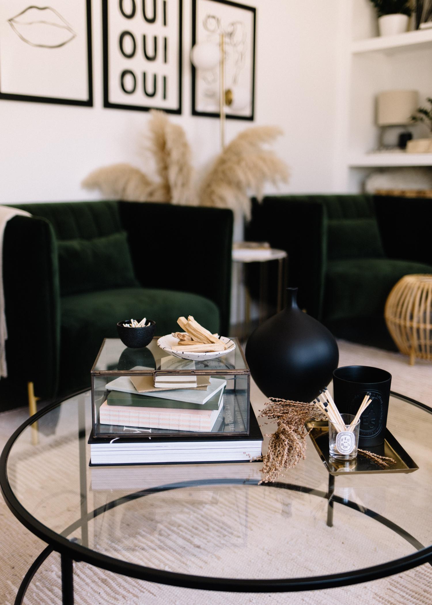 Minimalist Coffee Table Styling - A Fabulous Fete