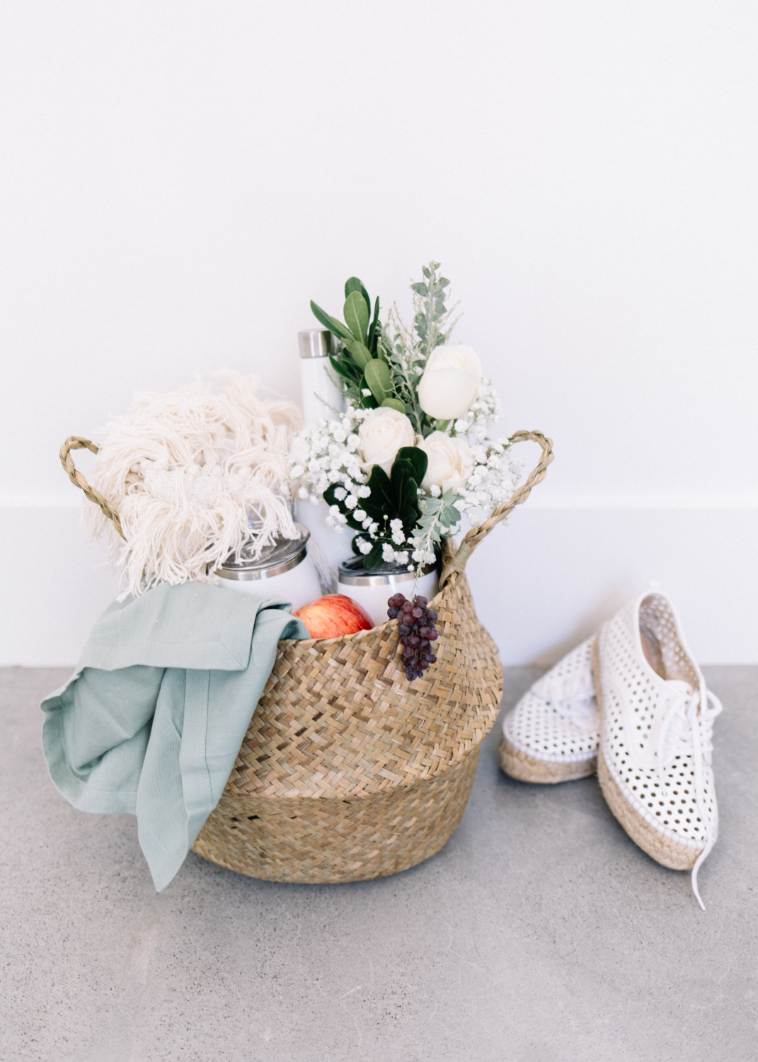 Picnic Packing - A Fabulous Fete.jpg