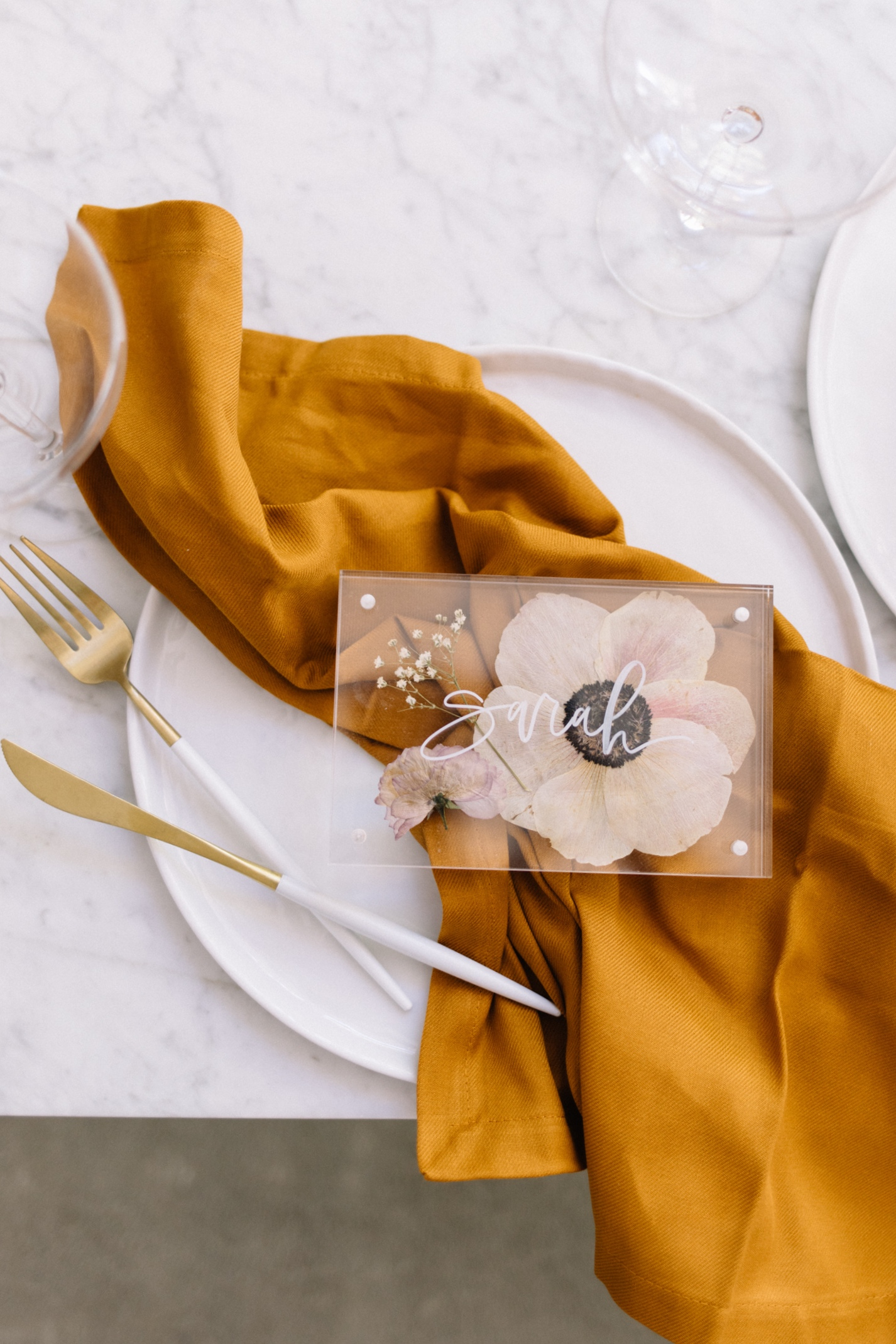 Place Card with Pressed Flowers - A Fabulous Fete