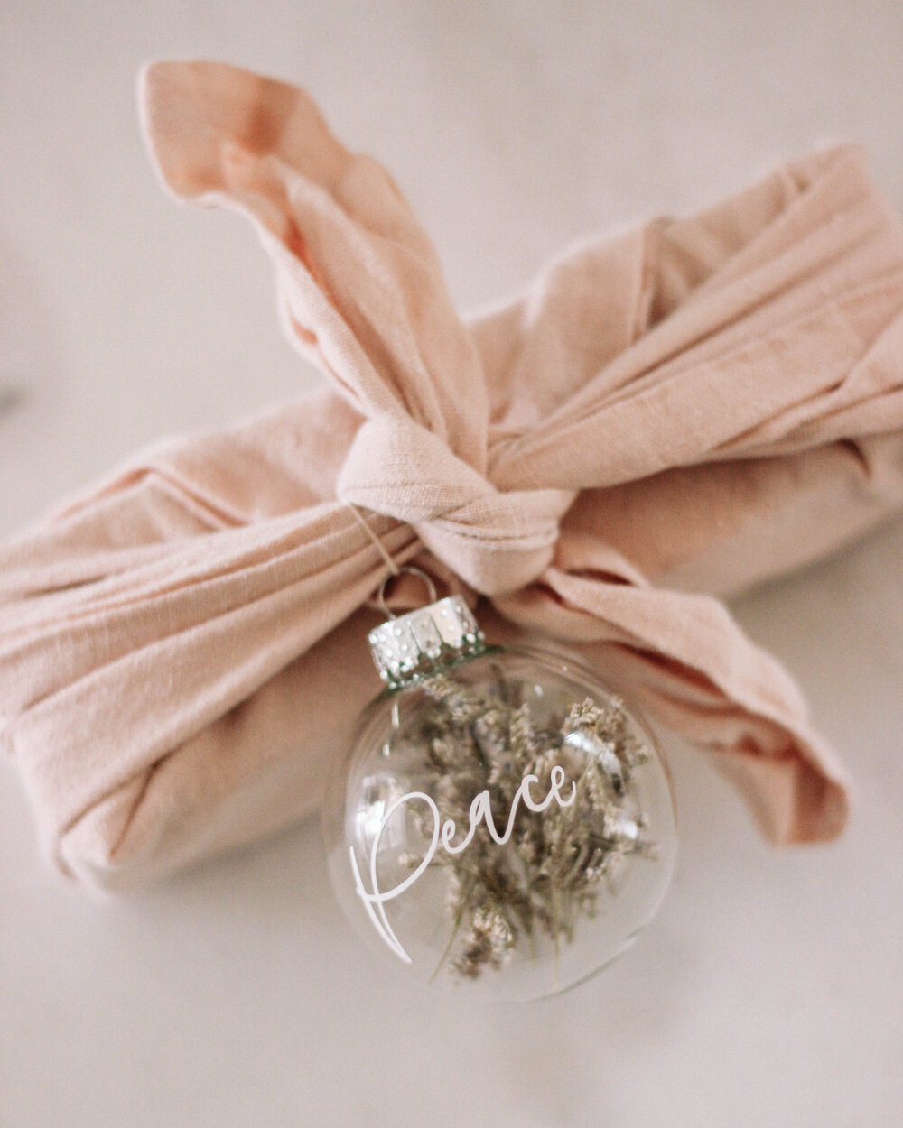 Gift Wrap with Ornament - A Fabulous Fete