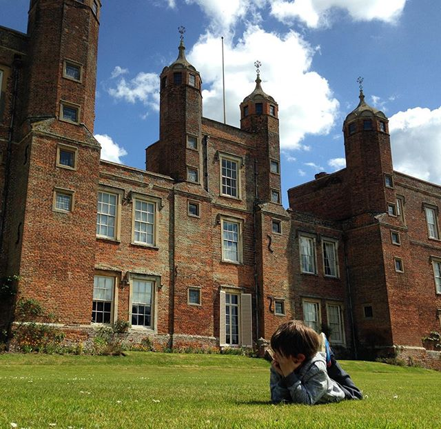Throwing a tantrum never felt so good! I guess if you are five and need to pitch a fit, you minus well do so at the home of Beatrix Potter's cousins! Cute doodles of Peter Rabbit were around each turn at this lovely estate. #melfordhall #nationaltrust