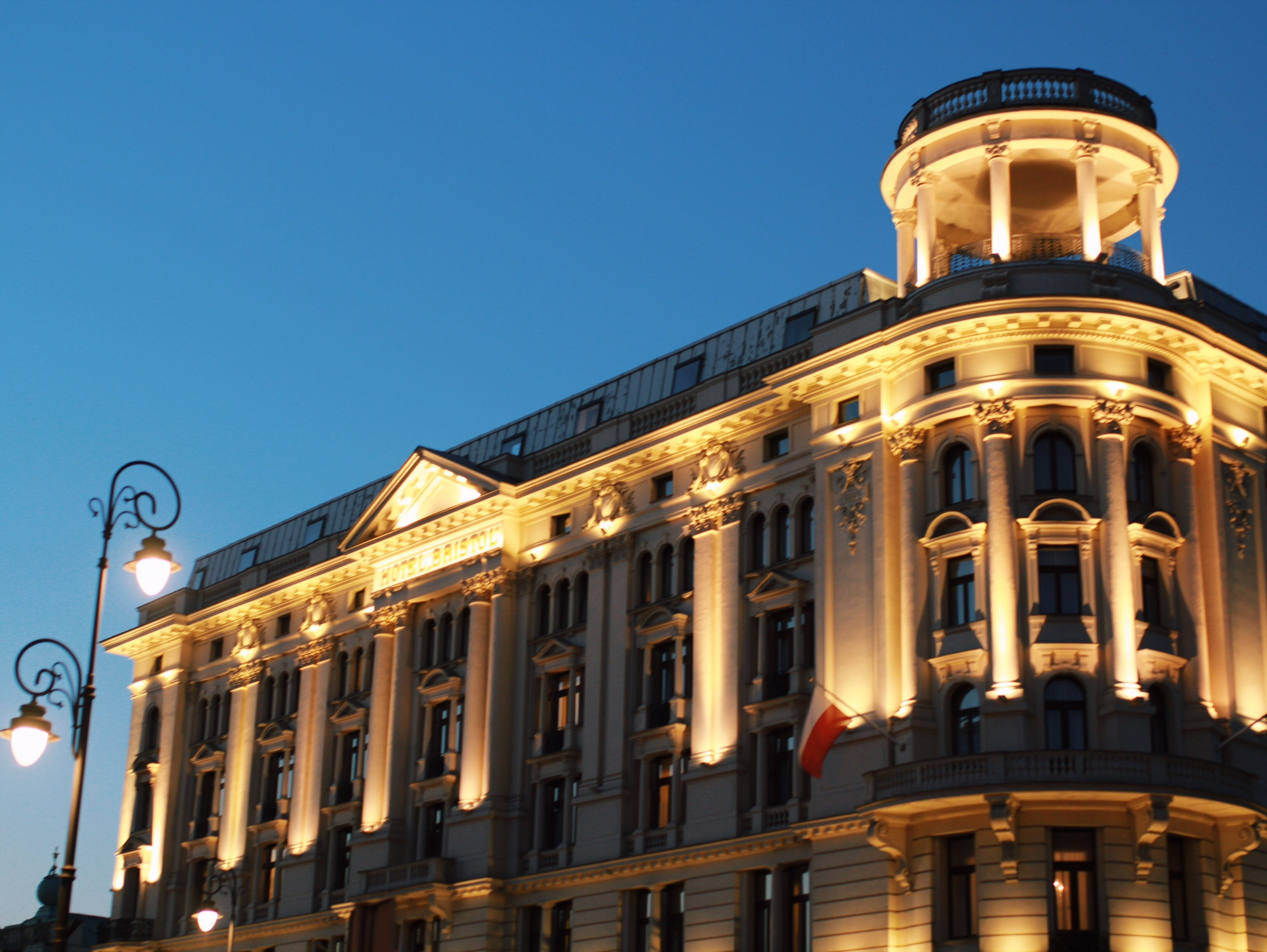 Hotel Bristol after sunset