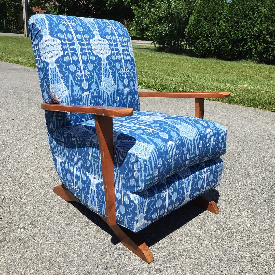 Exquisite workmanship! This chair is ready for a whole new life! Click on the pick to open the etsy listing in a new window.