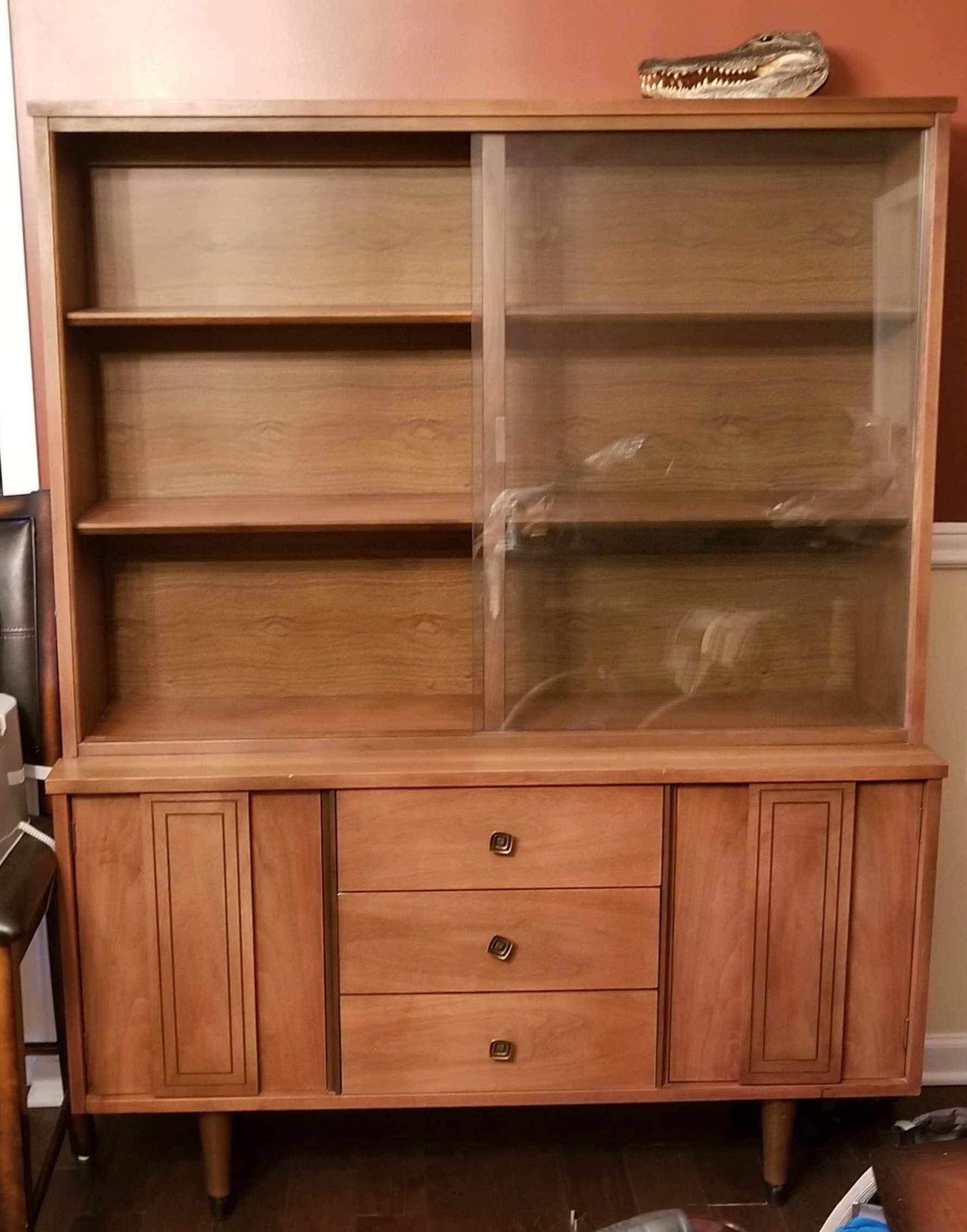 Gorgeous china hutch! All one piece with 2 sliding glass doors.