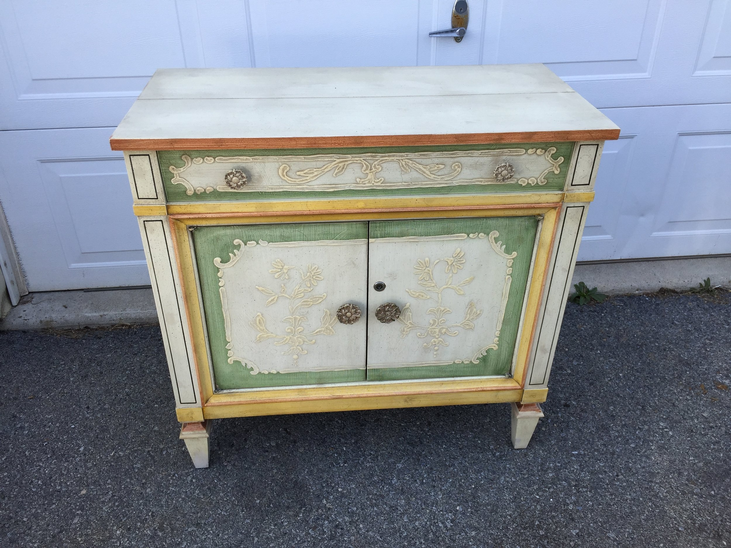 Love this chest with hidden secretary! It, too is in fantastic condition.