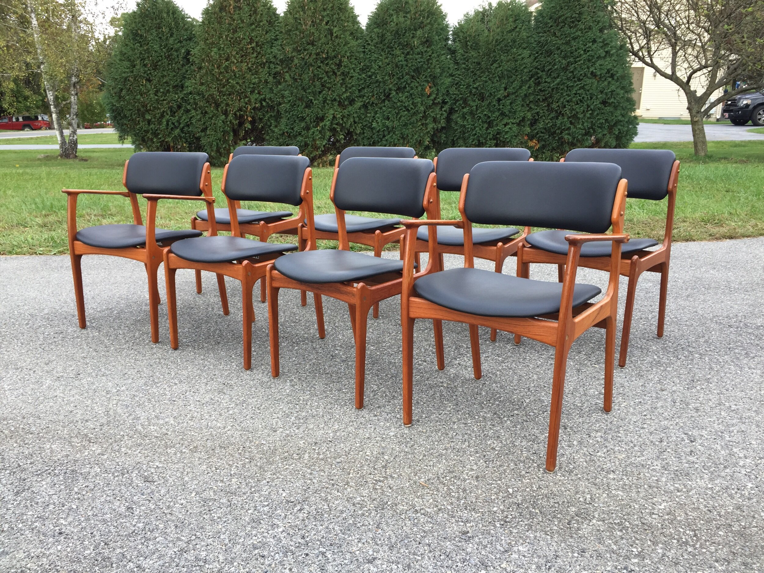 JUst beAutiful! Aged teak with lovely joinery, extra soft foam work makes them super comfy and unlike most Danish, they have very large seats! Worth the splurge!