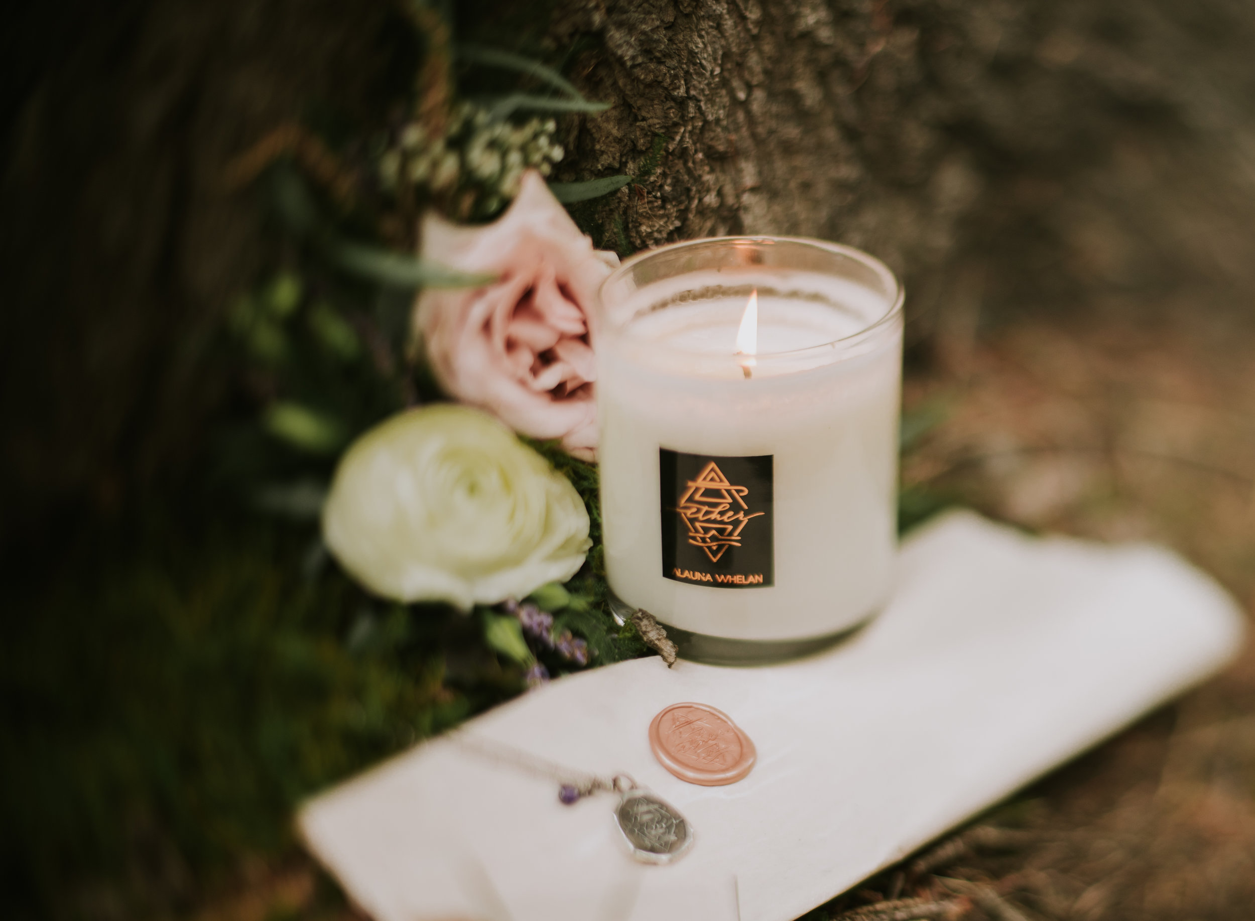 photo:  Janes Wild Heart  florals:  Michelles Flowers  stationary:  Paper Ocelot Studios