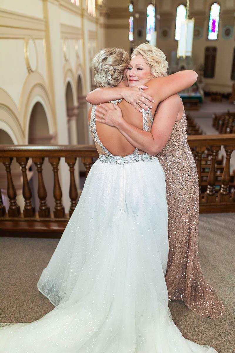 Sioux-falls-wedding-photography-Tayla-Will-35.jpg