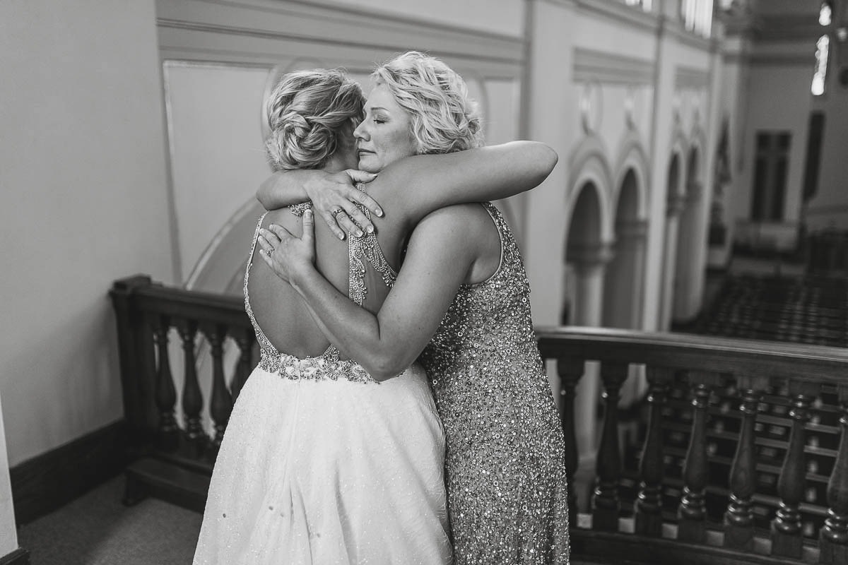 Sioux-falls-wedding-photography-Tayla-Will-36.jpg