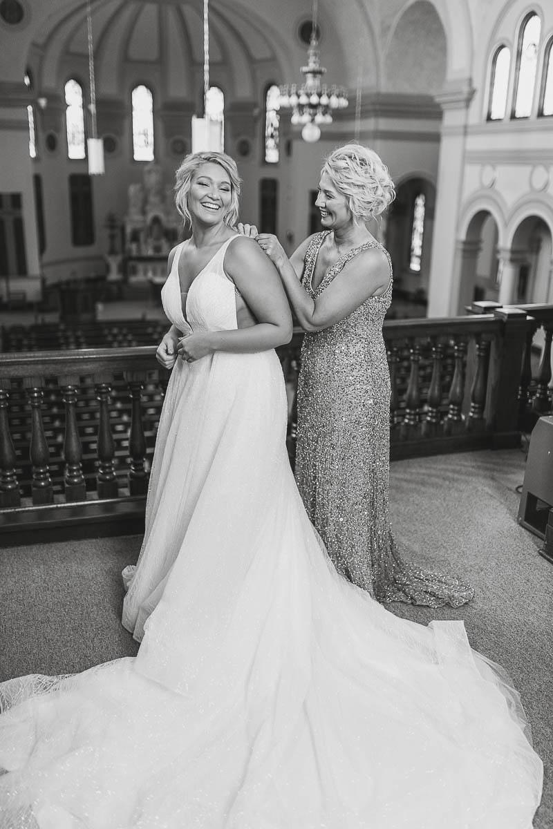 Sioux-falls-wedding-photography-Tayla-Will-38.jpg