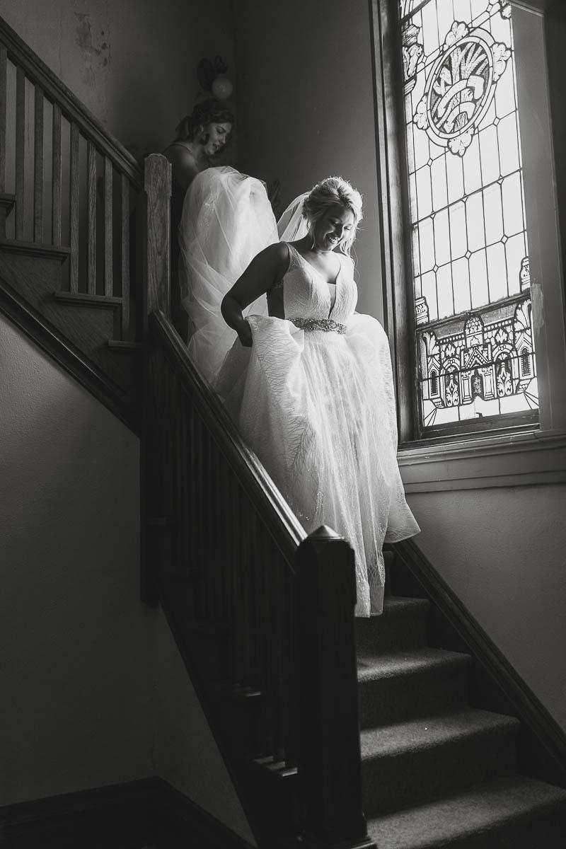 Sioux-falls-wedding-photography-Tayla-Will-40.jpg