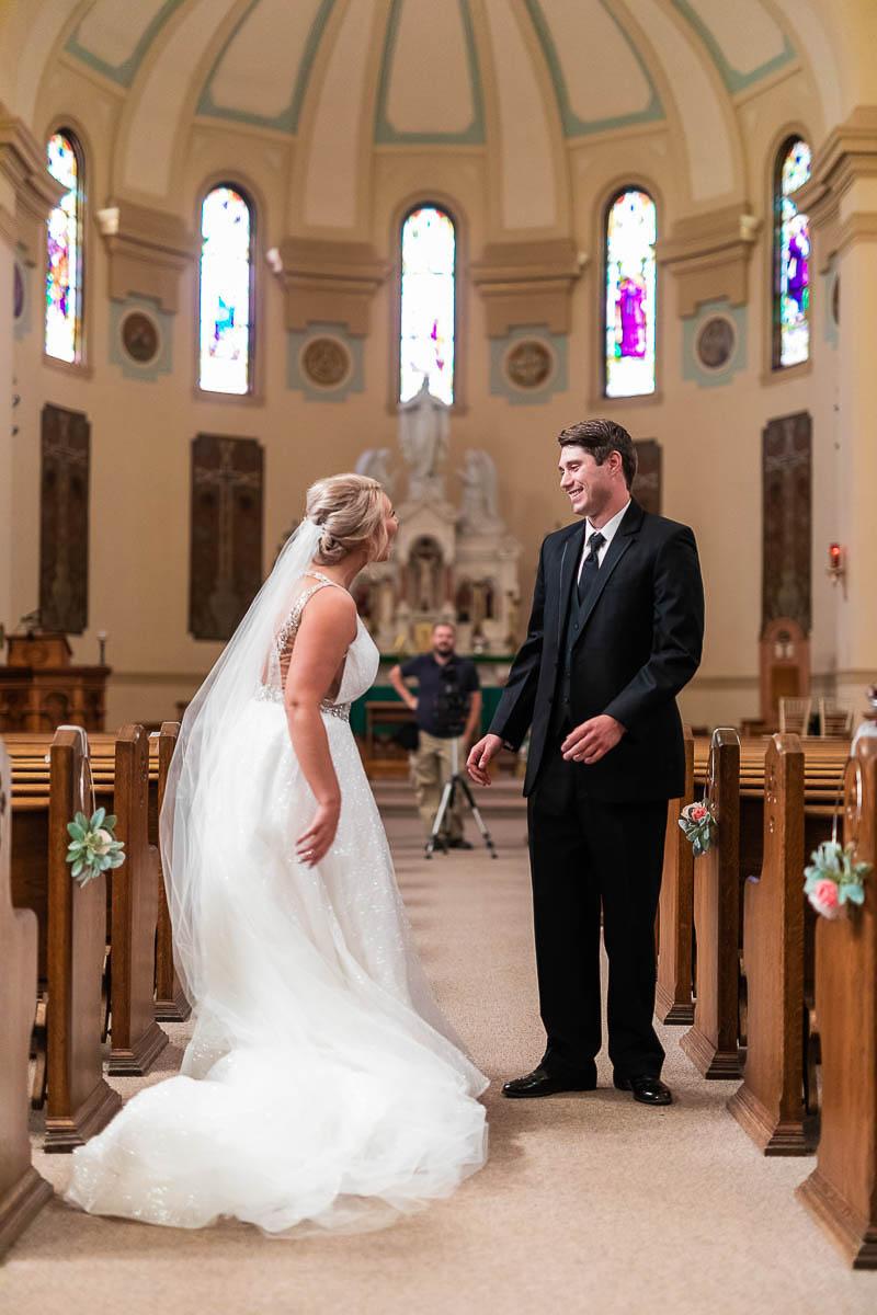 Sioux-falls-wedding-photography-Tayla-Will-49.jpg