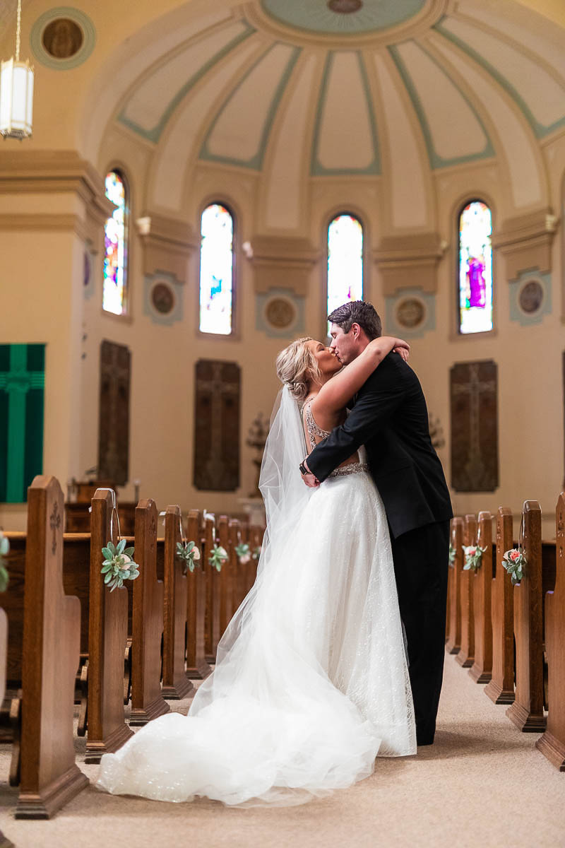 Sioux-falls-wedding-photography-Tayla-Will-51.jpg