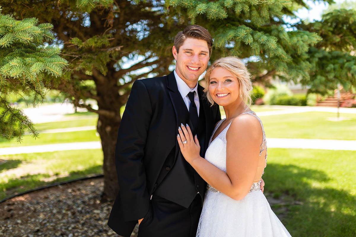 Sioux-falls-wedding-photography-Tayla-Will-72.jpg