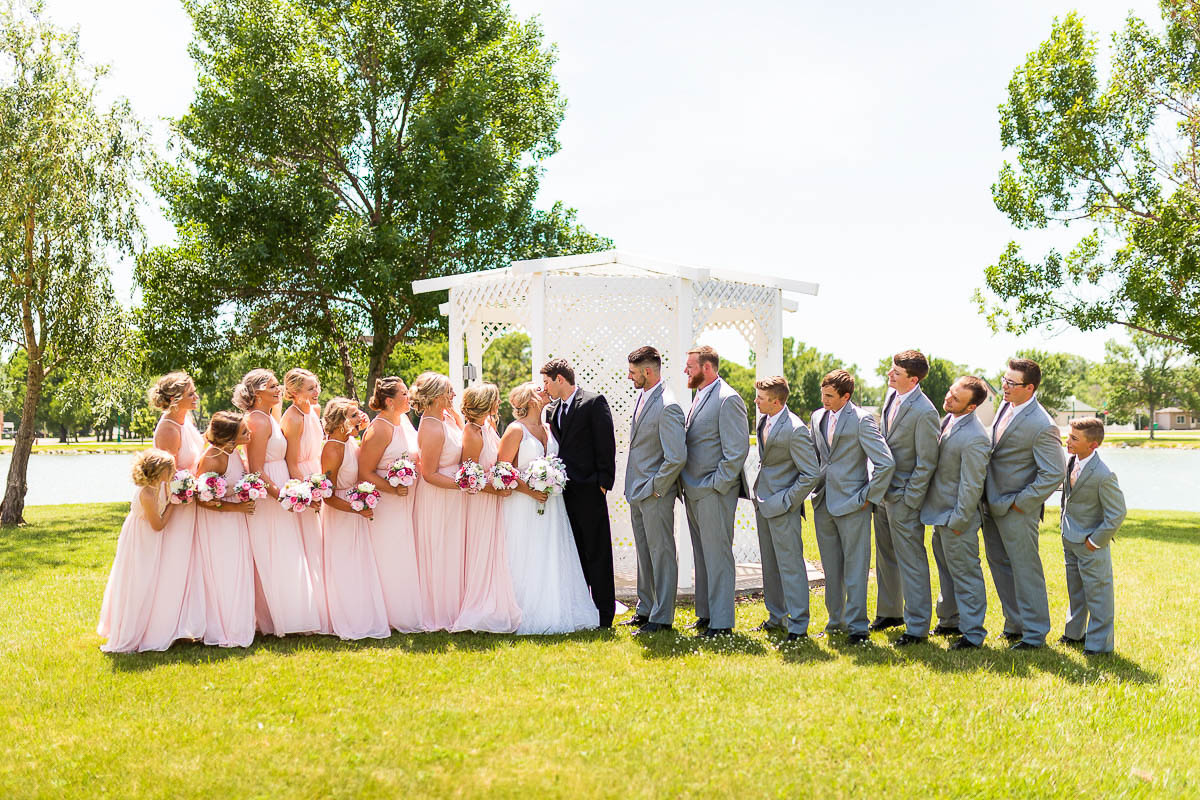 Sioux-falls-wedding-photography-Tayla-Will-80.jpg