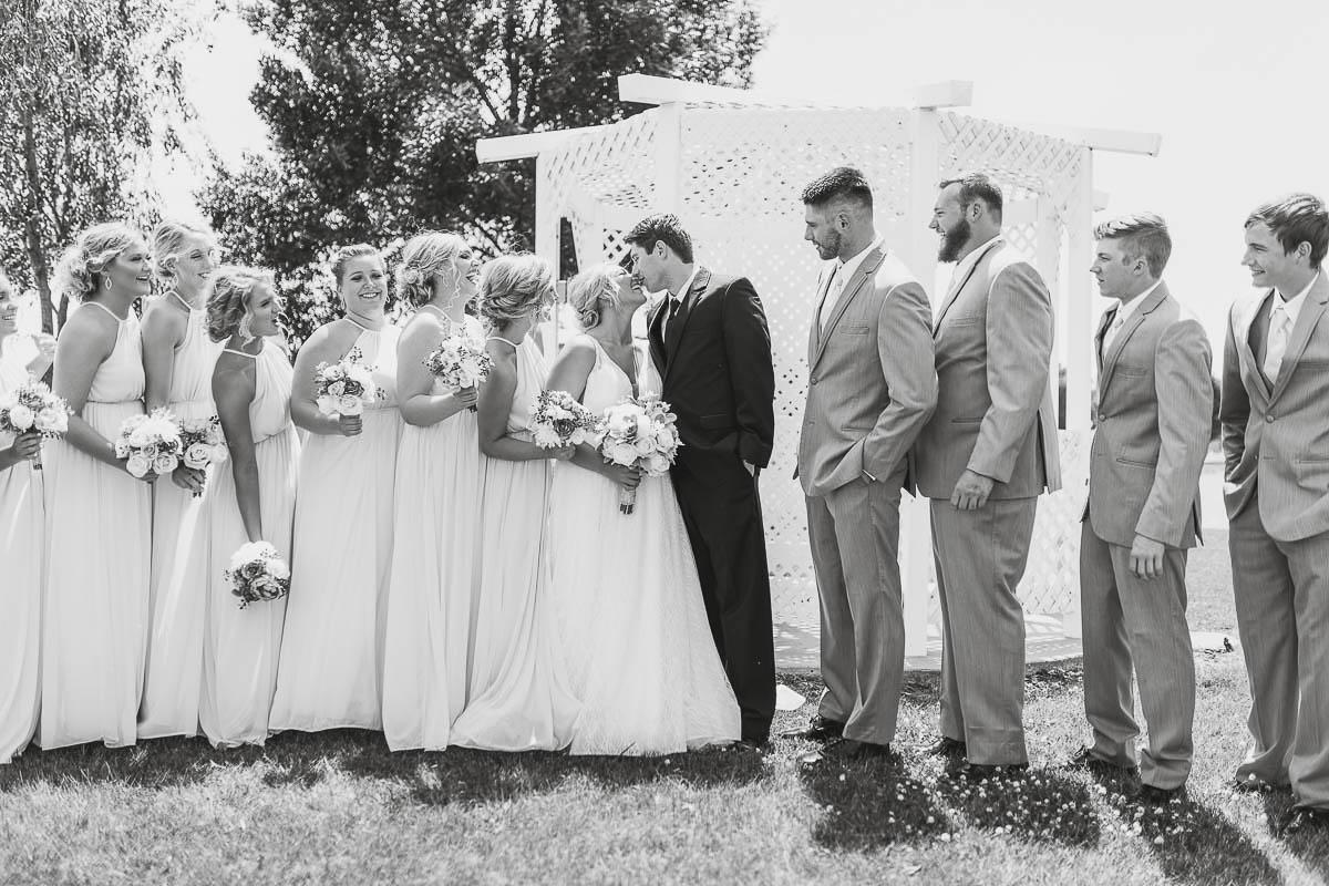 Sioux-falls-wedding-photography-Tayla-Will-82.jpg
