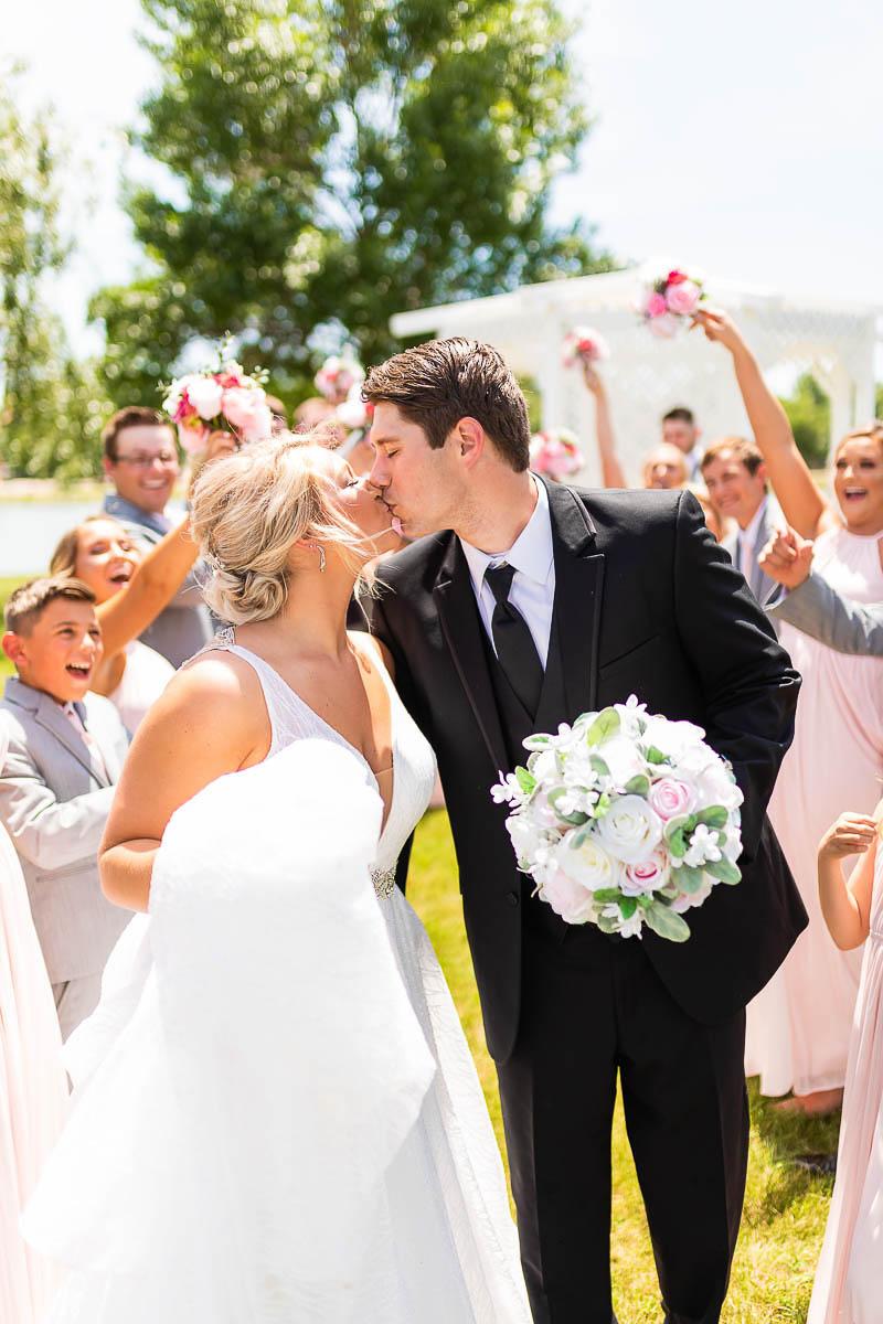 Sioux-falls-wedding-photography-Tayla-Will-87.jpg