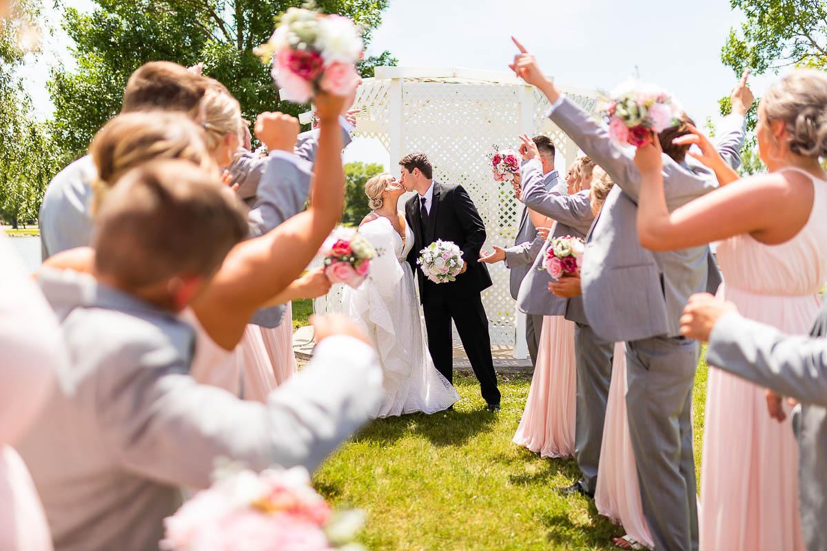 Sioux-falls-wedding-photography-Tayla-Will-88.jpg