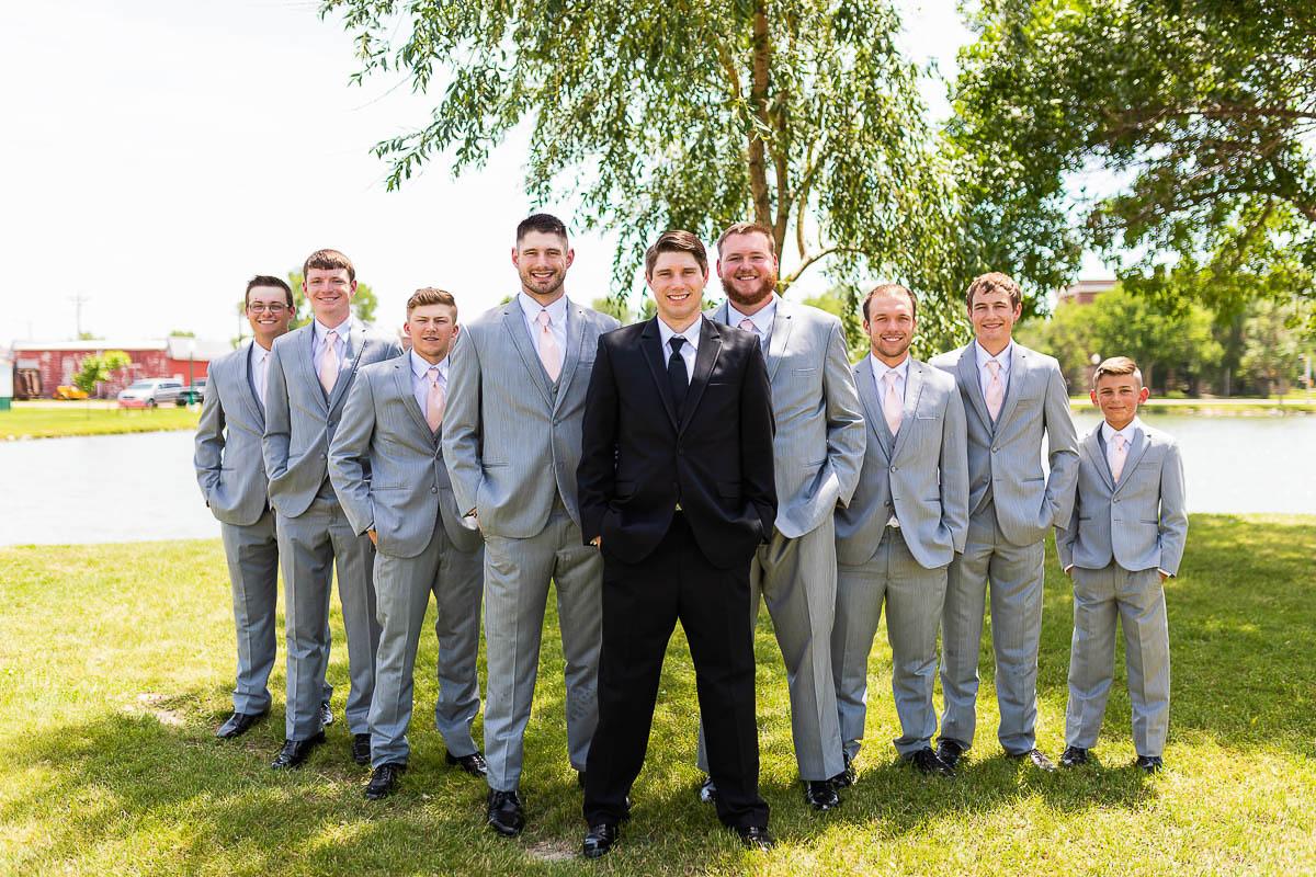 Sioux-falls-wedding-photography-Tayla-Will-98.jpg