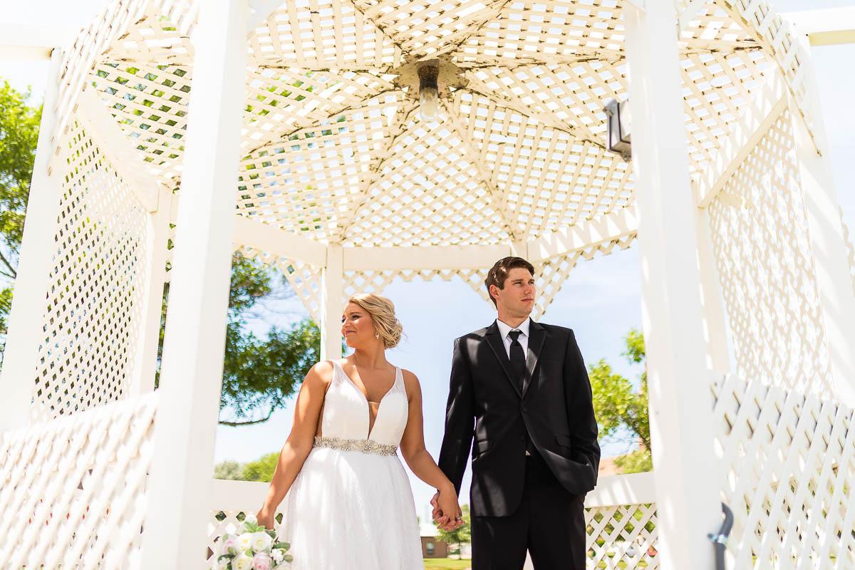 Sioux-falls-wedding-photography-Tayla-Will-99.jpg