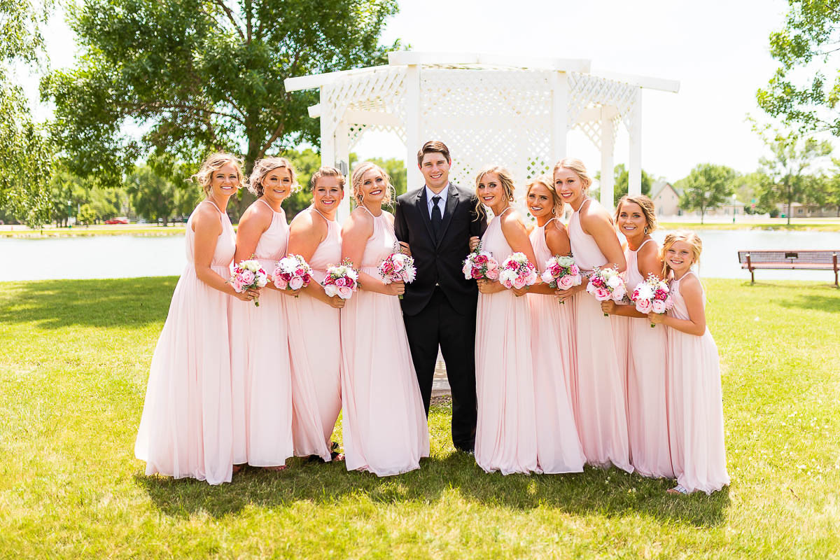 Sioux-falls-wedding-photography-Tayla-Will-100.jpg