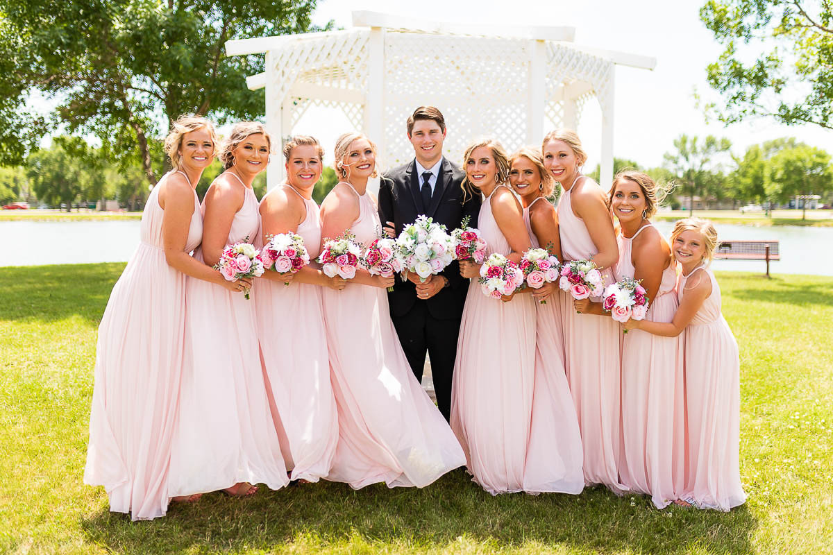 Sioux-falls-wedding-photography-Tayla-Will-101.jpg