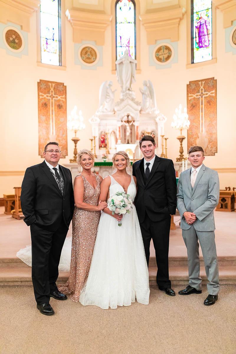 Sioux-falls-wedding-photography-Tayla-Will-110.jpg