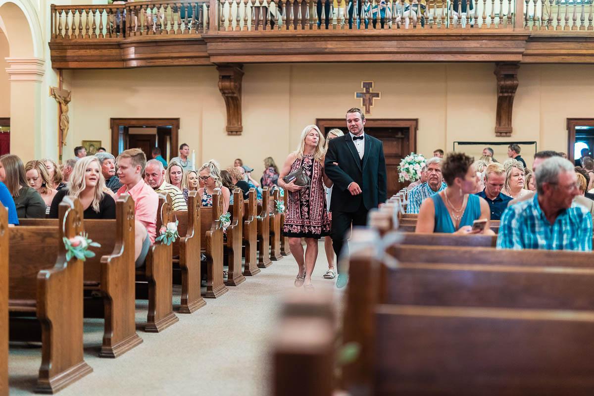 Sioux-falls-wedding-photography-Tayla-Will-115.jpg