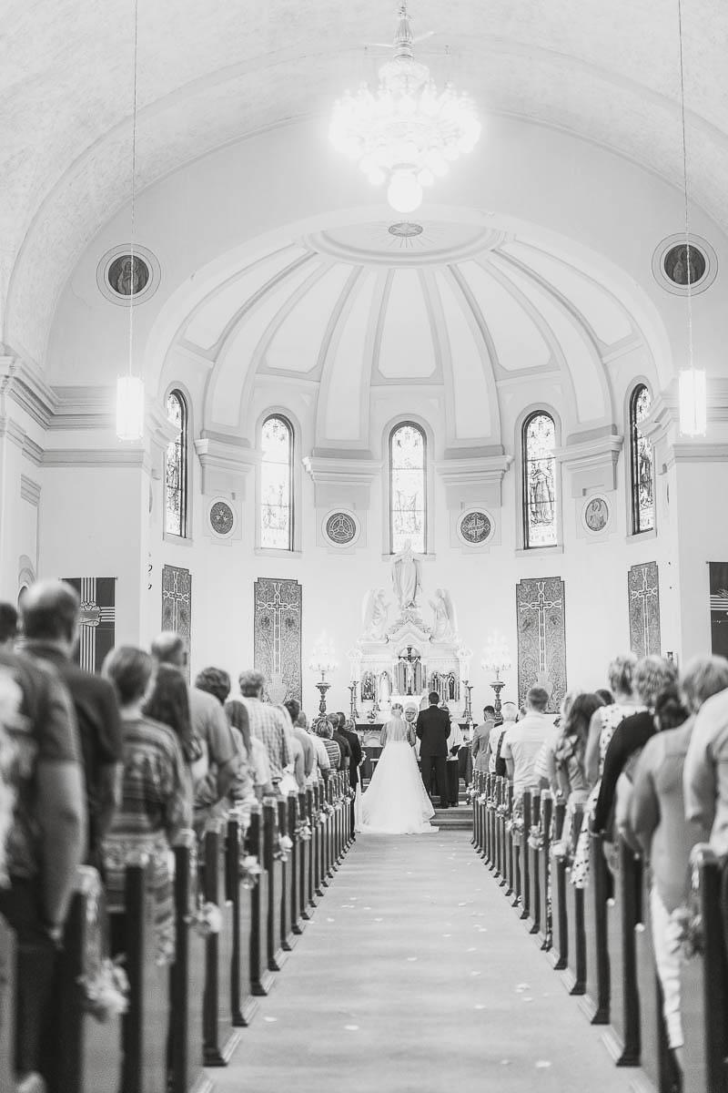 Sioux-falls-wedding-photography-Tayla-Will-146.jpg