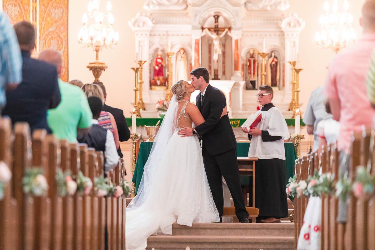 Sioux-falls-wedding-photography-Tayla-Will-159.jpg