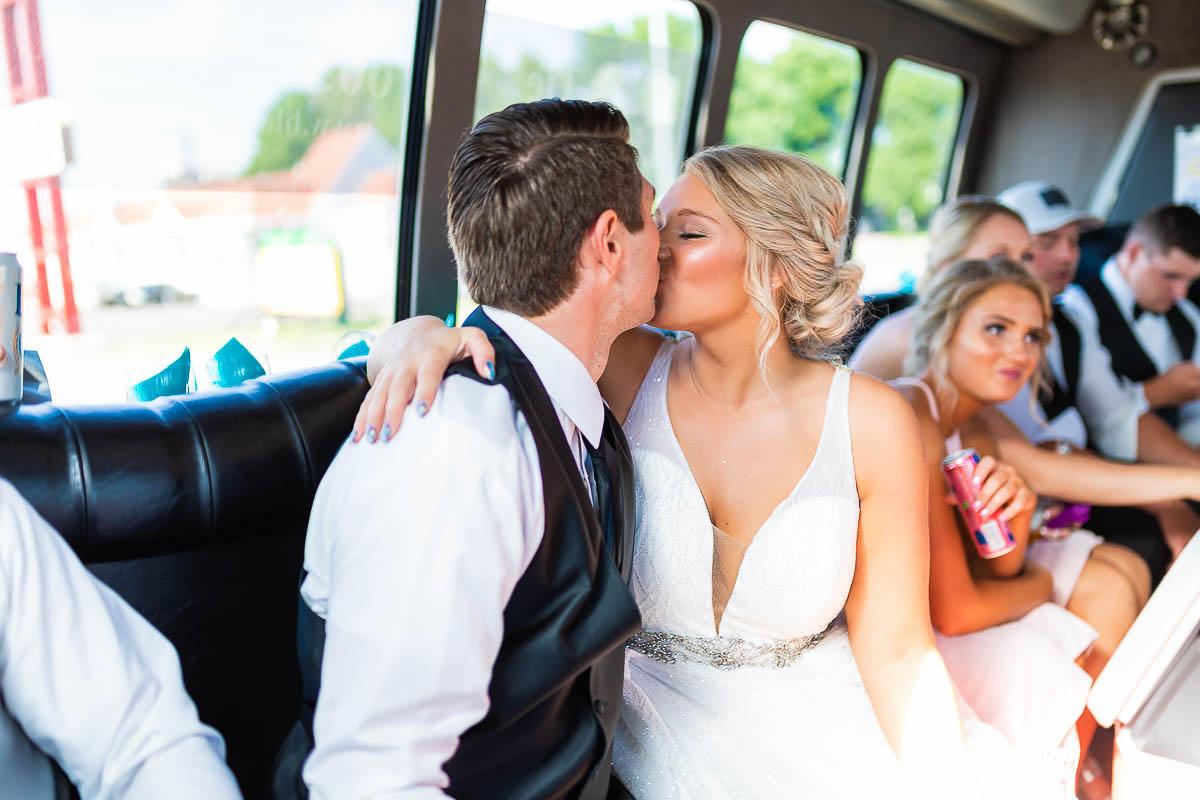 Sioux-falls-wedding-photography-Tayla-Will-163.jpg