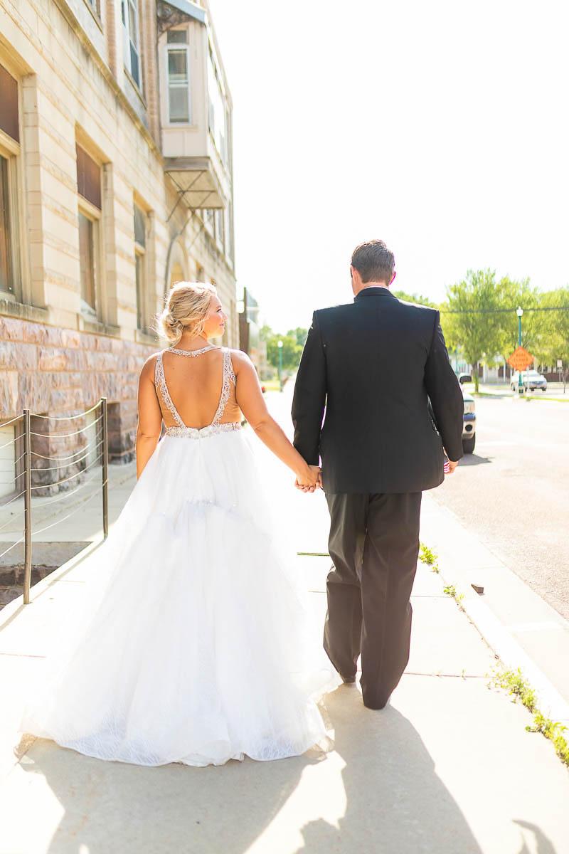 Sioux-falls-wedding-photography-Tayla-Will-172.jpg