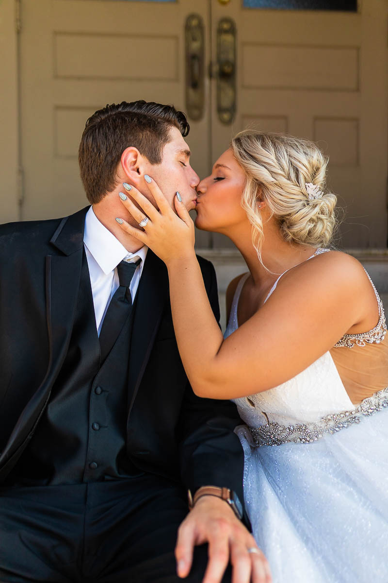 Sioux-falls-wedding-photography-Tayla-Will-174.jpg