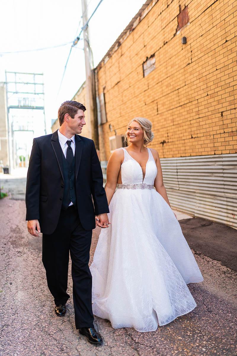 Sioux-falls-wedding-photography-Tayla-Will-177.jpg