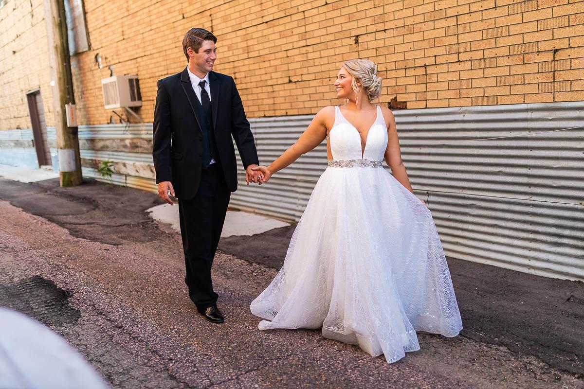 Sioux-falls-wedding-photography-Tayla-Will-179.jpg
