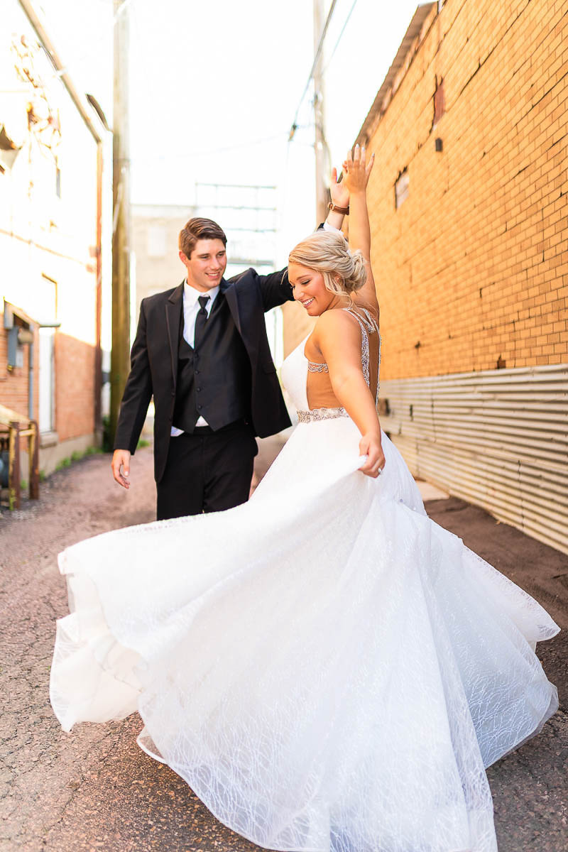 Sioux-falls-wedding-photography-Tayla-Will-180.jpg