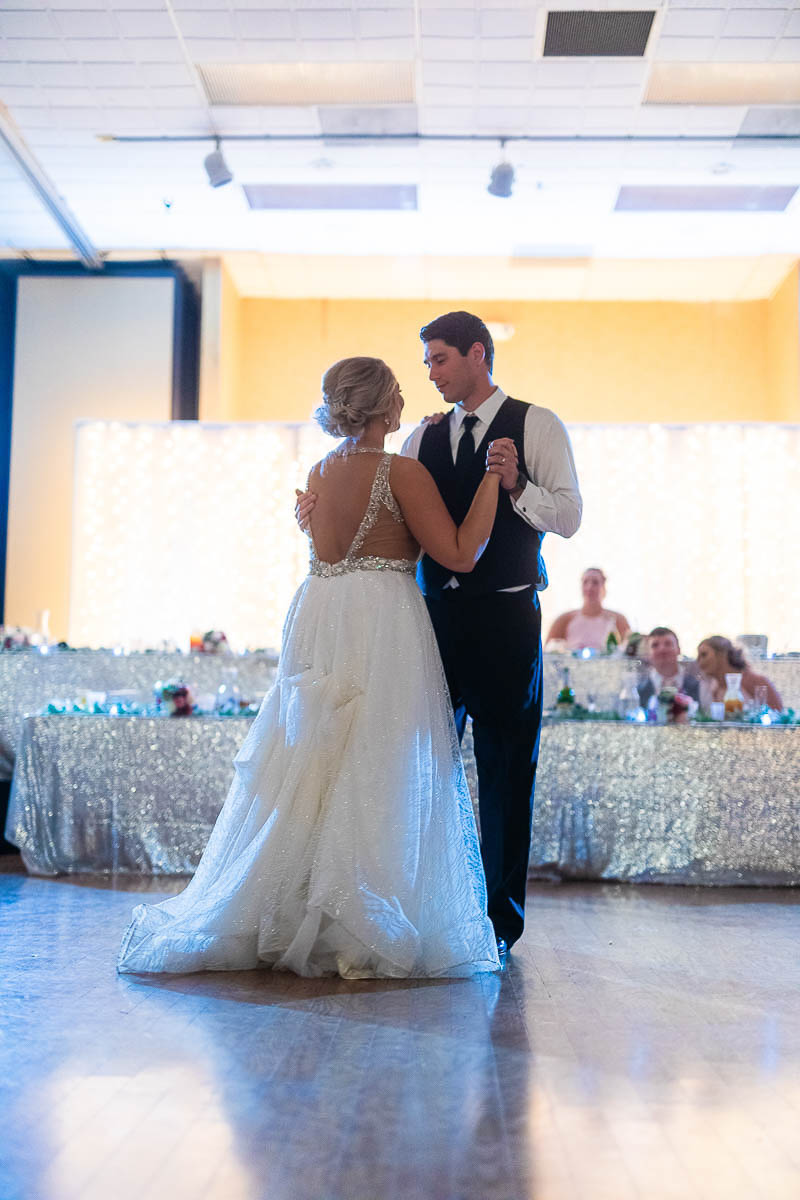 Sioux-falls-wedding-photography-Tayla-Will-205.jpg
