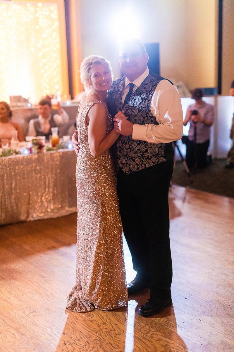 Sioux-falls-wedding-photography-Tayla-Will-216.jpg