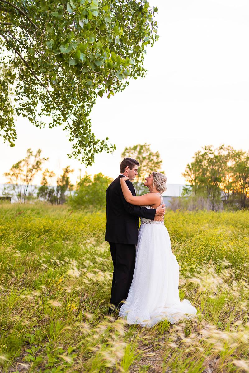 Sioux-falls-wedding-photography-Tayla-Will-221.jpg