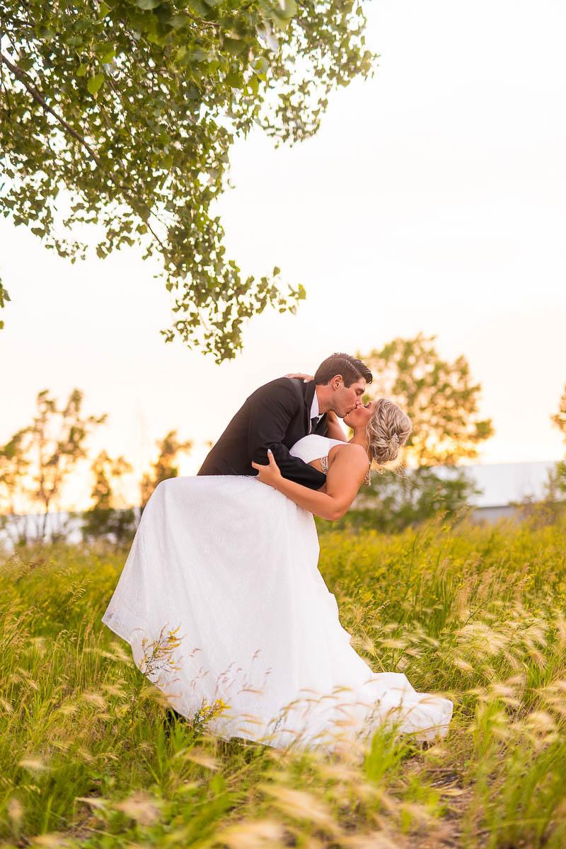 Sioux-falls-wedding-photography-Tayla-Will-223.jpg