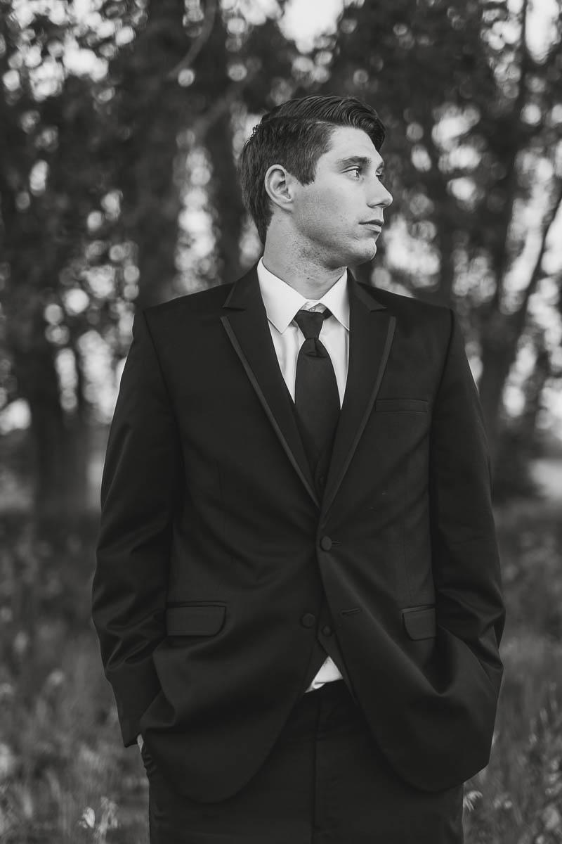 Sioux-falls-wedding-photography-Tayla-Will-225.jpg