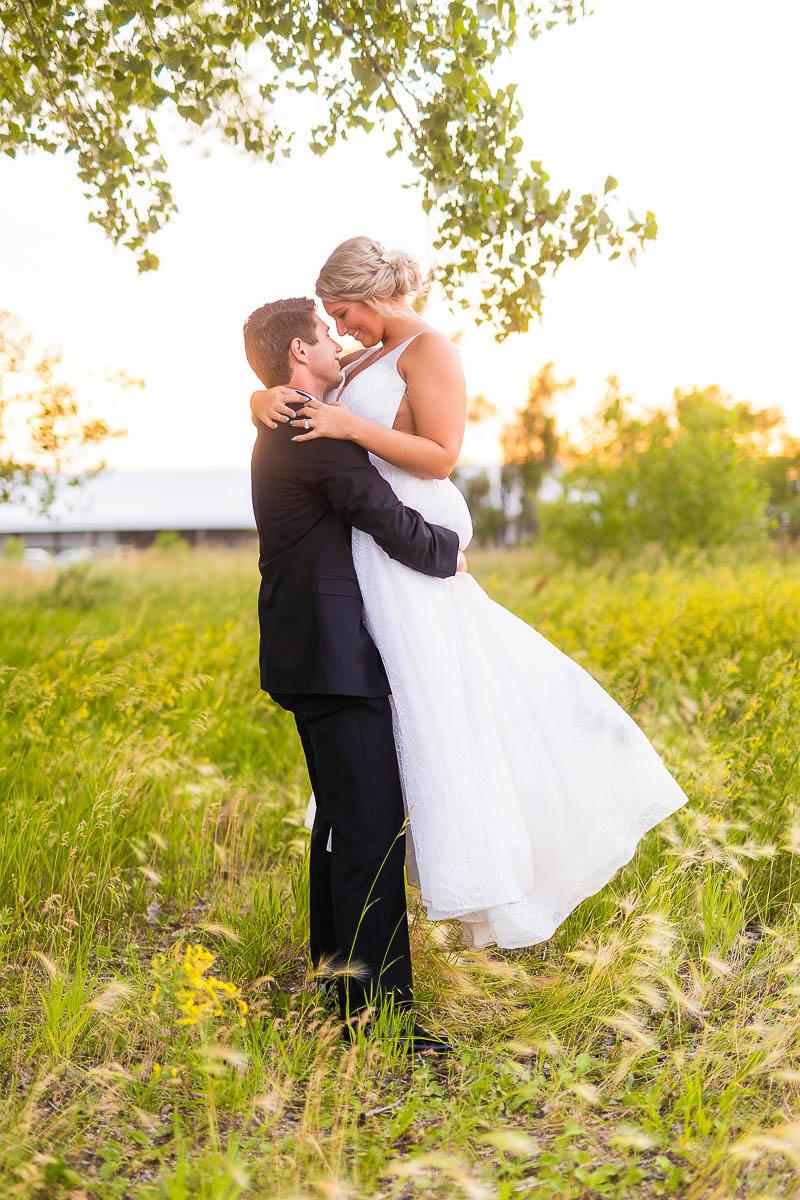 Sioux-falls-wedding-photography-Tayla-Will-232.jpg