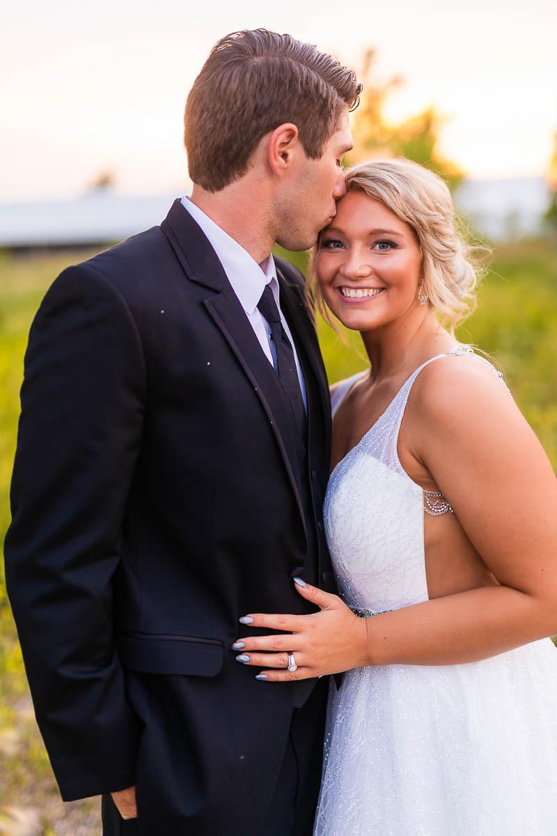 Sioux-falls-wedding-photography-Tayla-Will-236.jpg