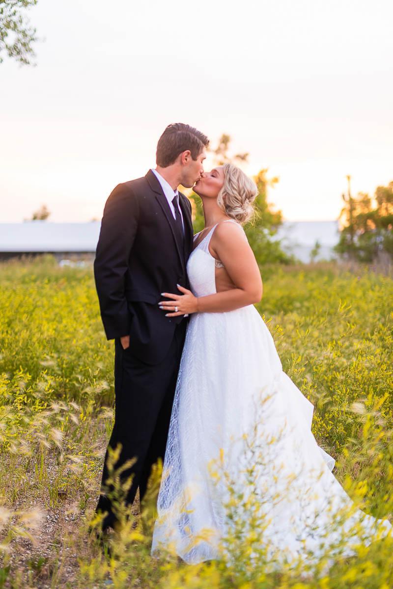 Sioux-falls-wedding-photography-Tayla-Will-237.jpg