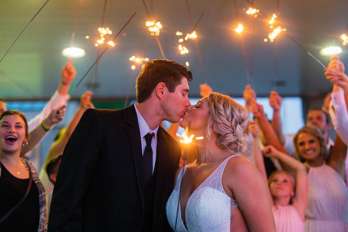 Sioux-falls-wedding-photography-Tayla-Will-249.jpg