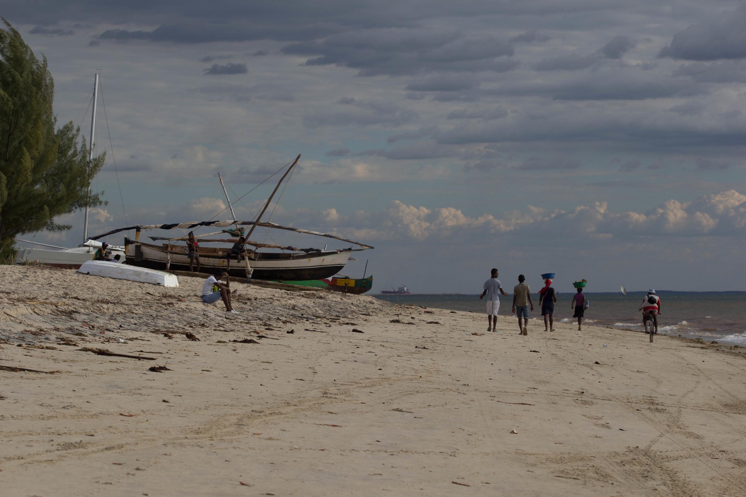 FishingBoatMahajanga.jpg