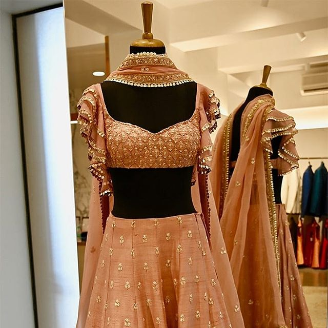 #sva #svacouture #svastore #flagshipstore #bridalwear #bridalpreview #couture #indian #bridal #weddings  Picture courtesy:  @thykingdomkhan (Rubina Khan)  SVA Flagship Store No. 2, Ground Floor, Girikunj Building, 71, N.S.Road, Marine Drive, Churchgate, Mumbai 400020. Contact details: +912222800870, +912222800871,  Mobile no.- +919820886042