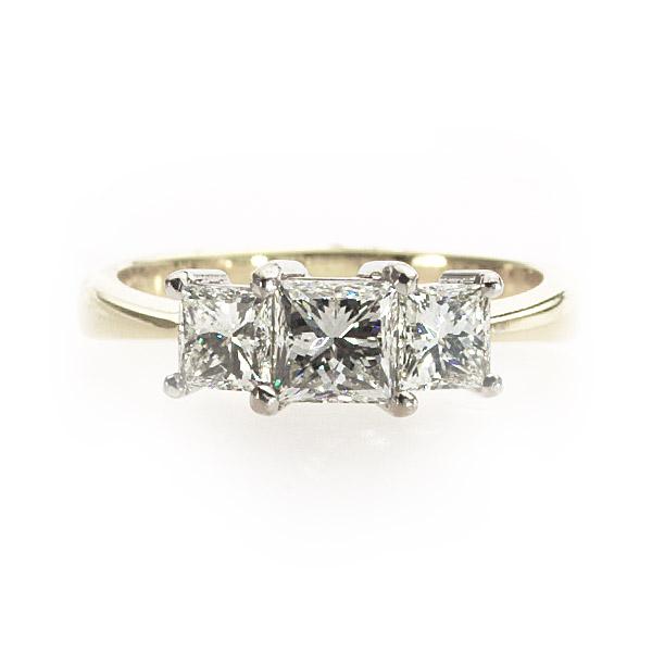 Sienna 3 Stone Ring