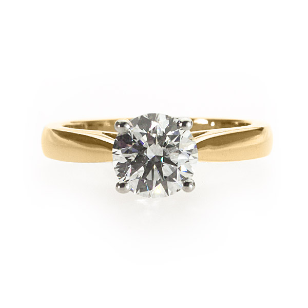 Lisa Yellow Gold Solitaire Ring