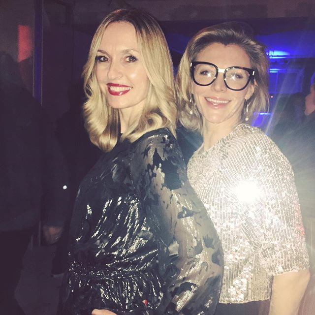 """At the Soho House """"hard hat"""" Christmas Party checking out the refurb with the geekiest glammiest sparkliest plus one ever! 🤓🎄🎅🏻🌟✨🎉 #Christmas #christmasparty #sohohouse #refurb #friends #sparkle #glitter #geekglasses #party #london #londonlife"""